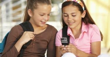 Téléphone enfant quel type offre choisir